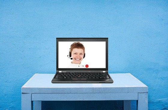 Guru privat online yang siap membantu murid-murid mencerna lebih dalam materi di sekolah.
