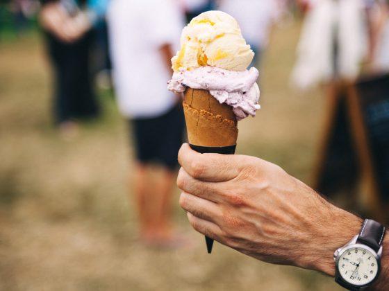 belajar rumus volume kerucut dari sebuah cone eskrim