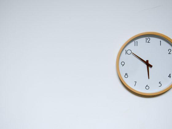 pelajari rumus keliling lingkaran dengan menggunakan jam dinding bulat