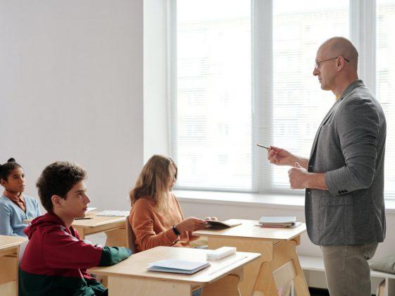 penyelenggara pendidikan harus mengikuti peraturan new normal kemendikbud